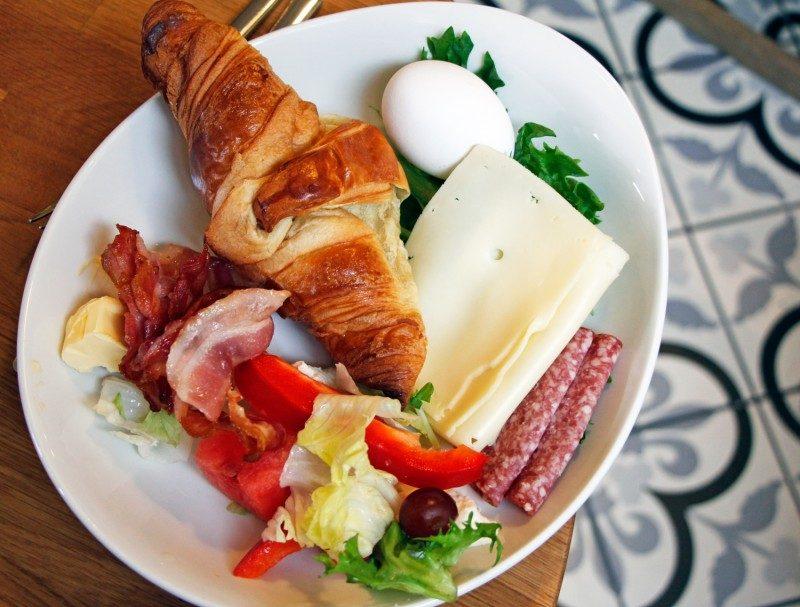aamiainen+kahvila
