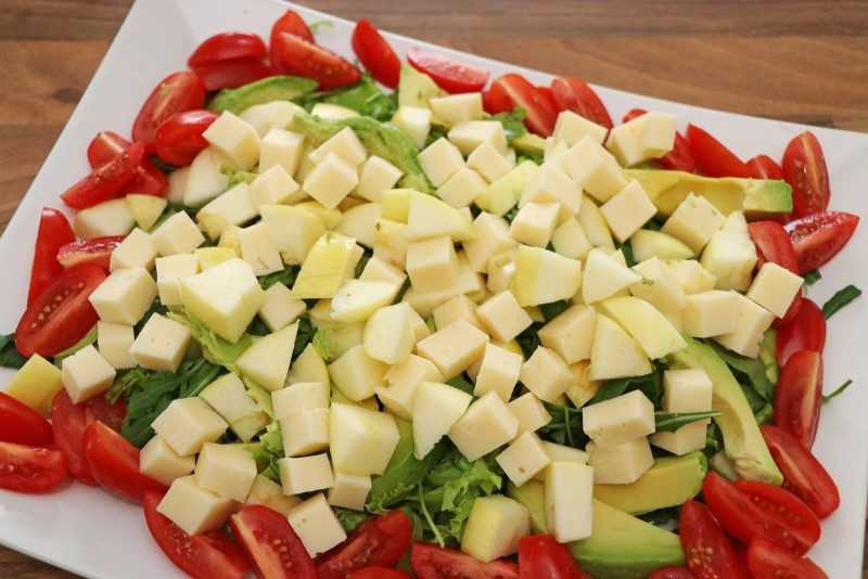 salad+salaneuvos+apple