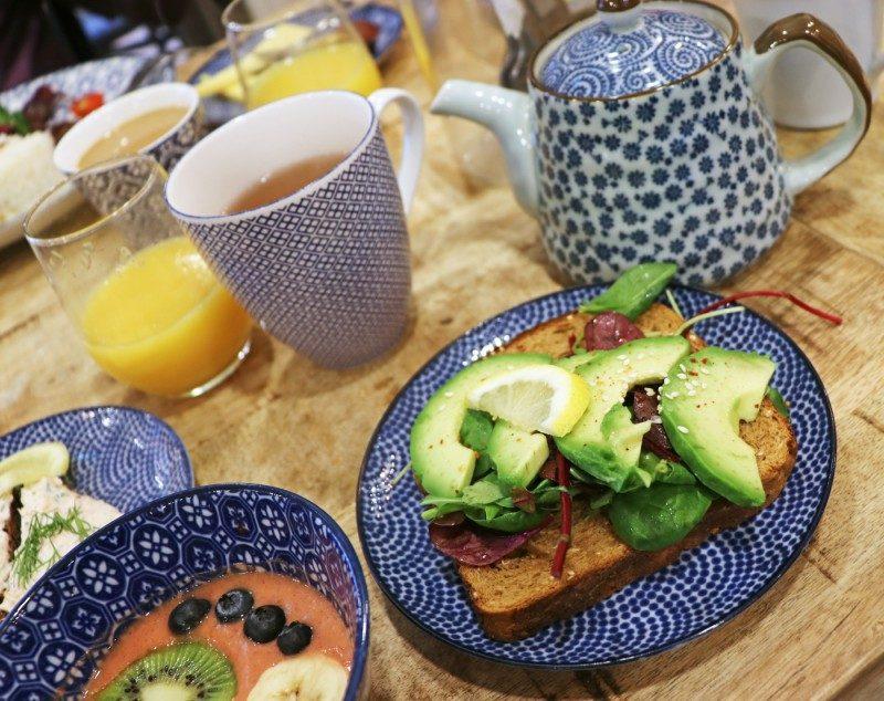 avokadoleipä+lillancafe