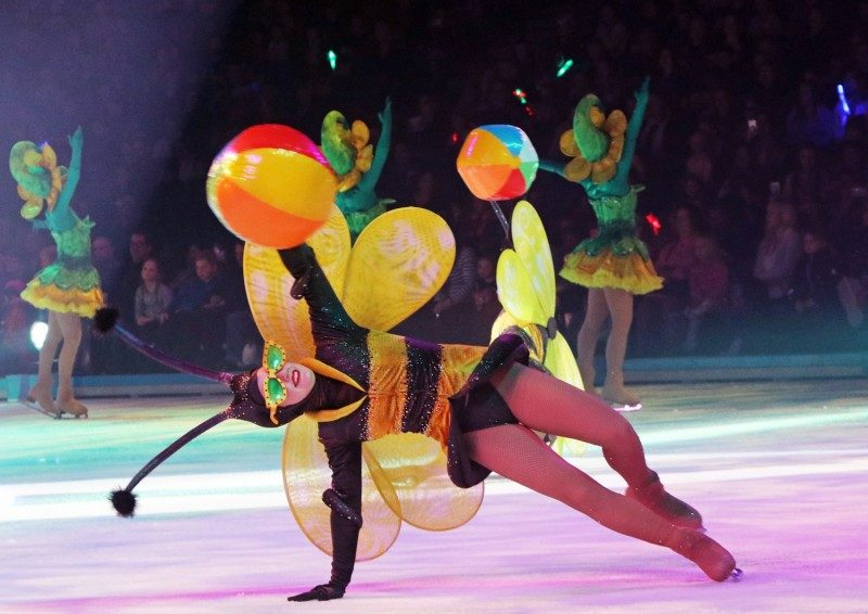 disneyonice+bee