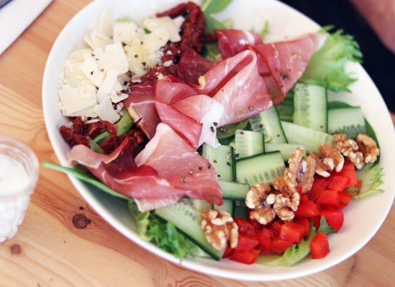 makeacafe+salaatti